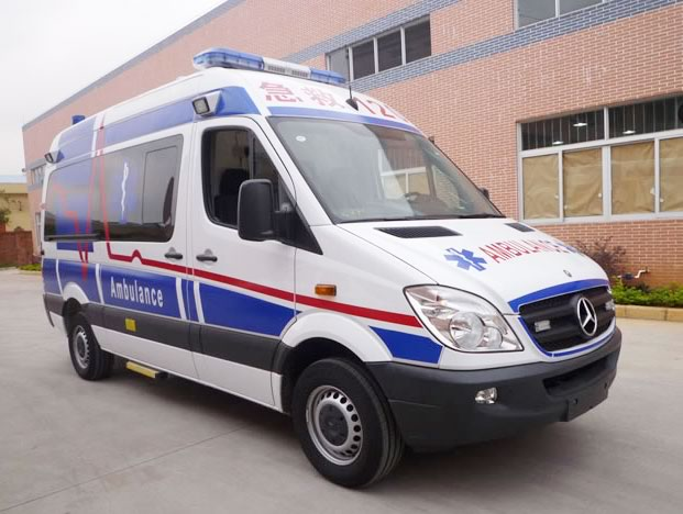 Mercedes benz high roof ambulance ambulance of medical for Mercedes benz credit corp